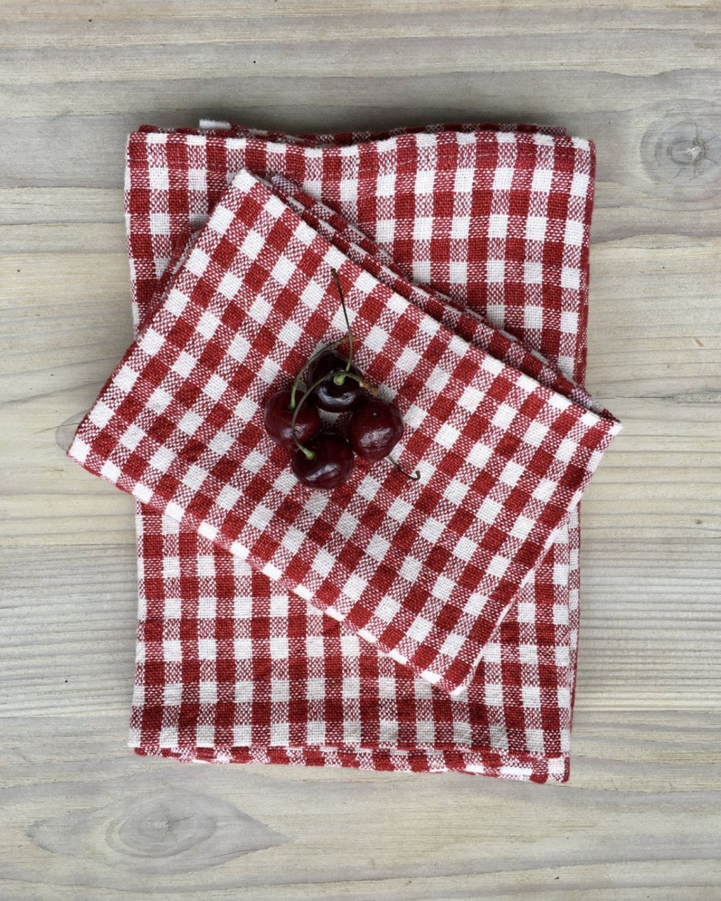 Red and white gingham check napkins