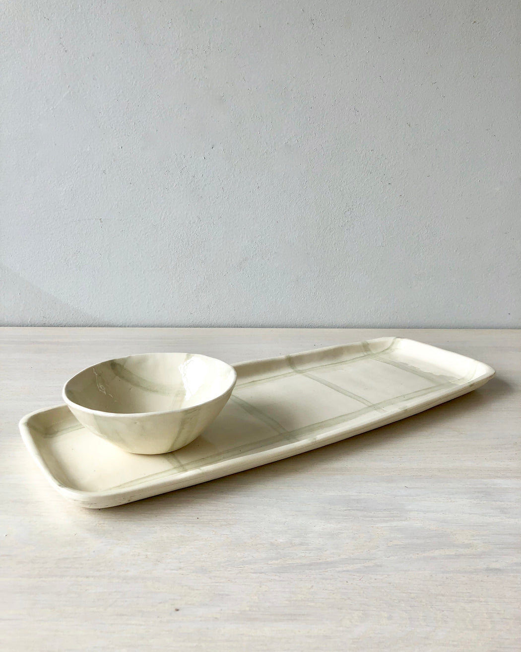 grey and white ceramic tray and bowl - plaid