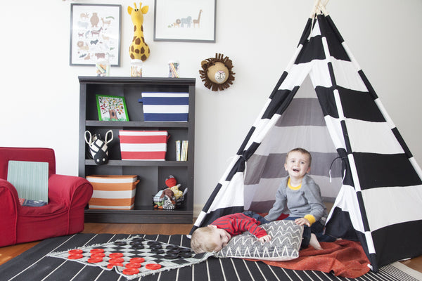 ADVENTURE 6' BLACK STRIPED TEEPEE
