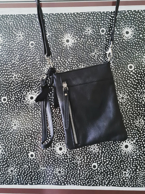 Frances Sling Bag Black