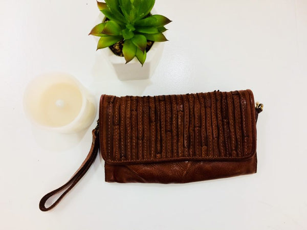 Welllington Clutch/Bag - Tobacco