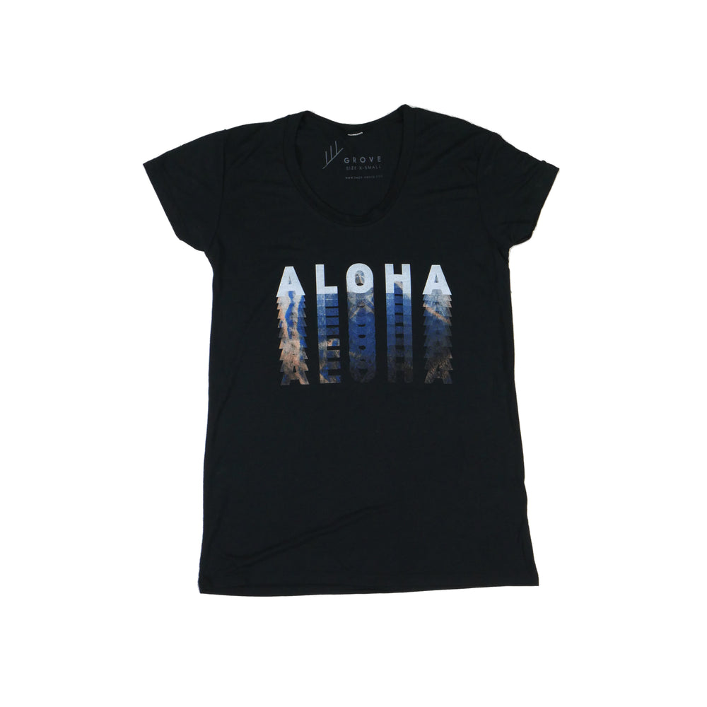 Load image into Gallery viewer, Aloha Fade - Women's Tee