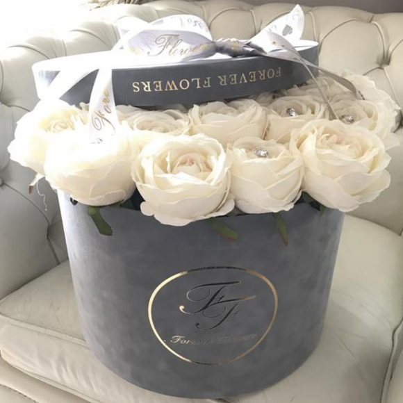 Indulgence Artifical Silk Roses MEDIUM & LARGE Round Boxes