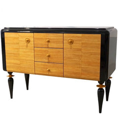 Italian Art Deco Design Black Lacquered Yellow Leather Sideboard