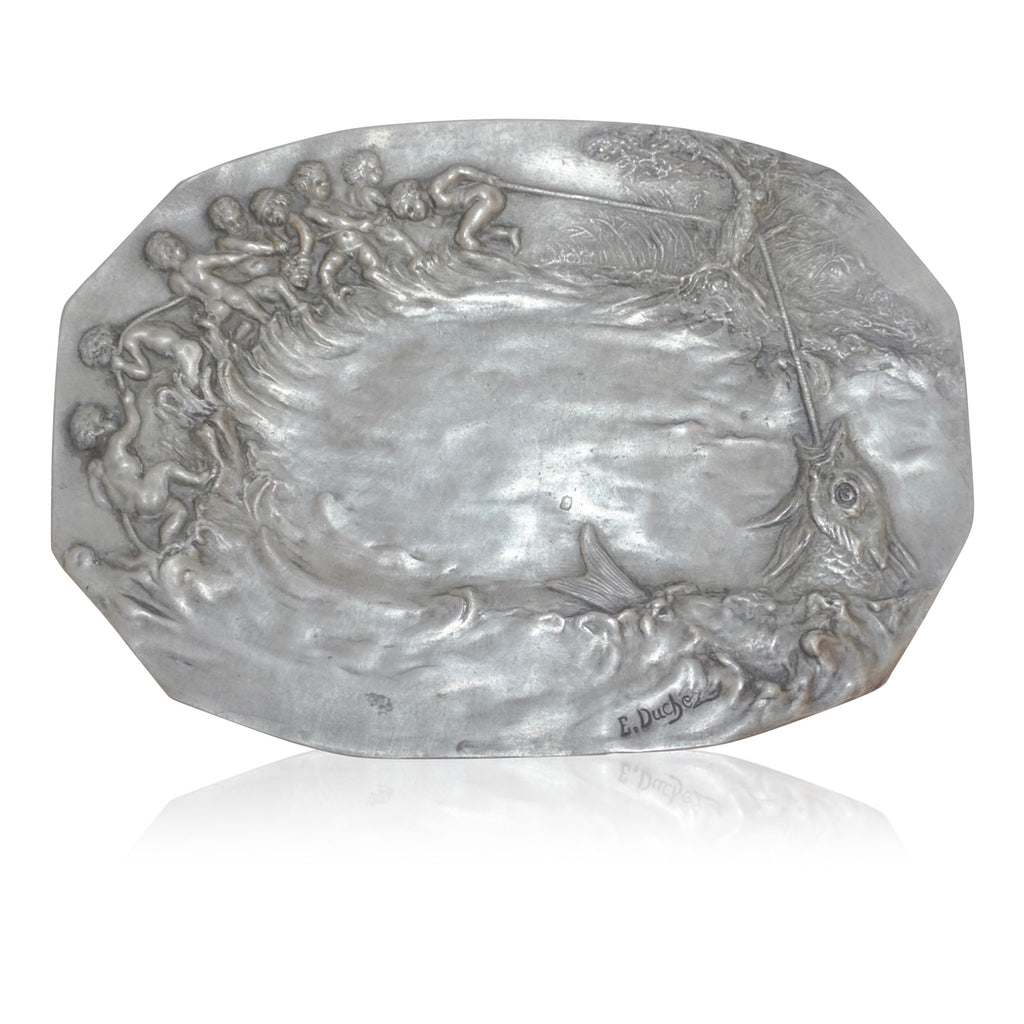 1900s French Art Nouveau Sculpted Pewter Dish with Fishing Putti in Relief