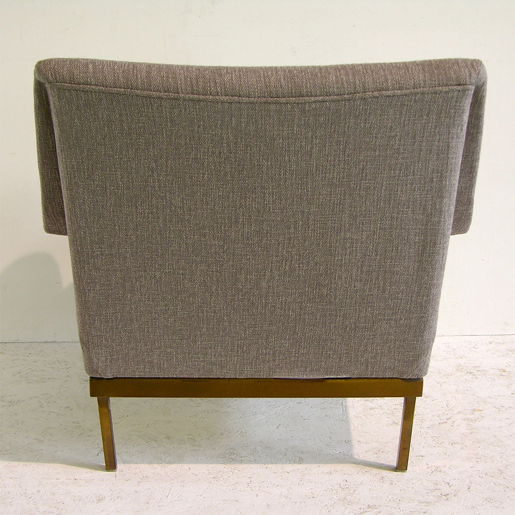 Arflex 1970s Italian Brass and Two-Tone Ivory Cream and Gray Cozy Armchair - Cosulich Interiors & Antiques