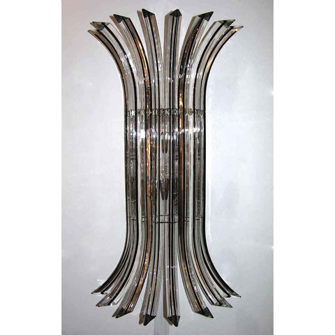 Italian Contemporary Pair of Curved Clear Murano Glass Wall Lights Highlighted with Black