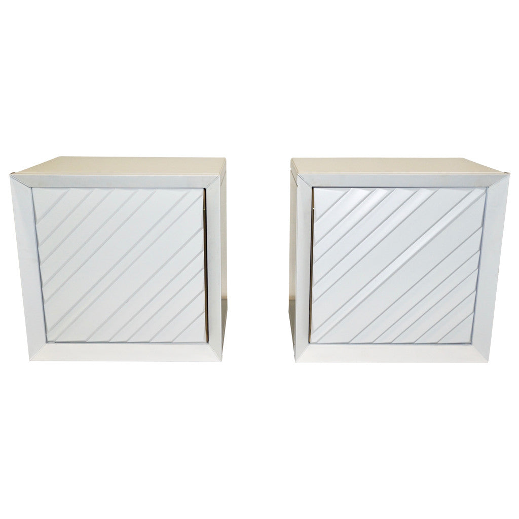 Frigerio 1970s Italian Pair of White Lacquered Wood Side Tables / Nightstands - Cosulich Interiors & Antiques