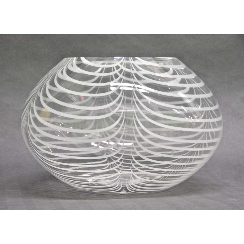 Formia 1970s Modern Italian Crystal Murano Glass Bowl with White Filigrana - Cosulich Interiors & Antiques