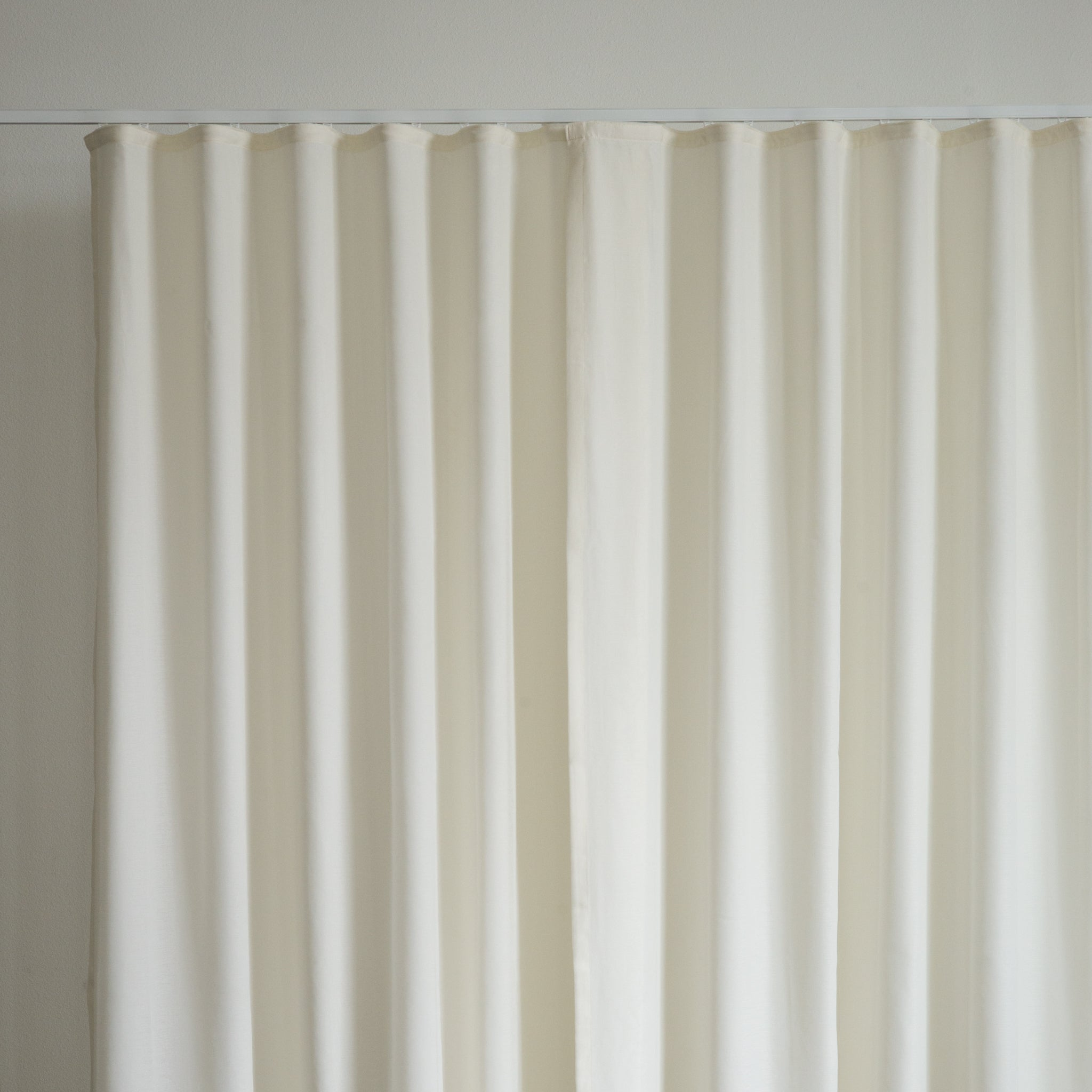 How to decide on the custom curtain fullness ripple fold and grommet
