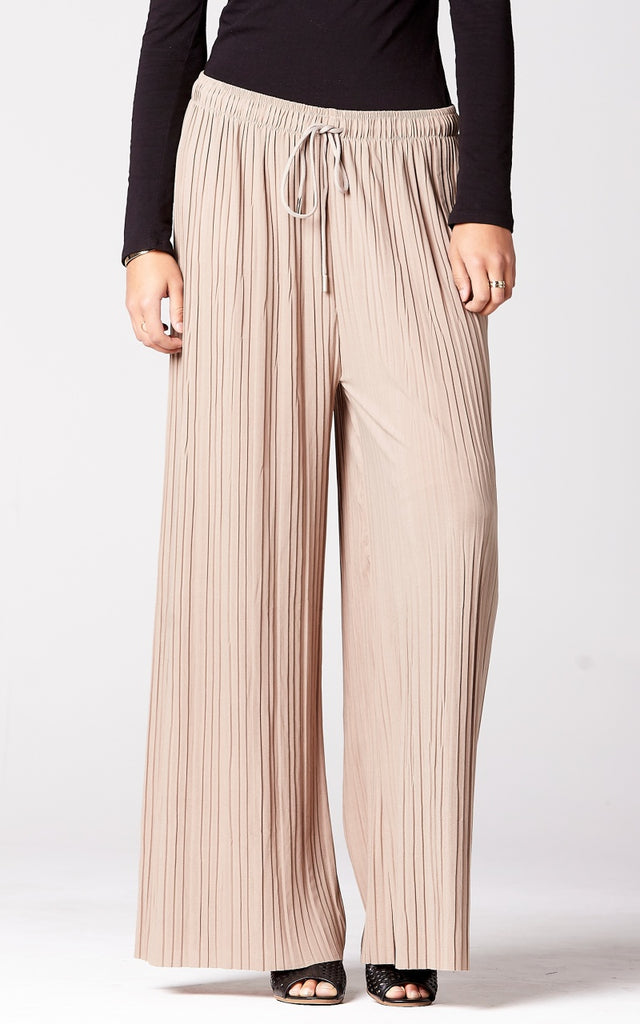 Pleated Wide Leg Pants in Taupe