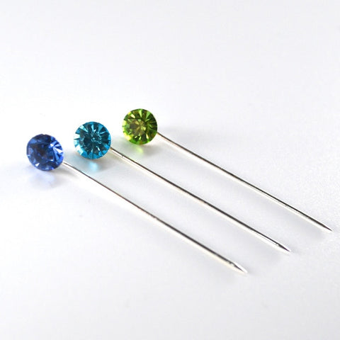 Straight Pin Set Delphinium