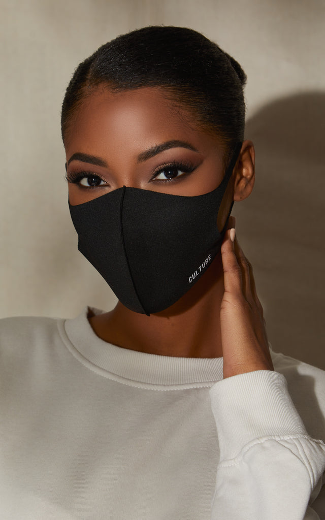 Essential Face Mask in Black