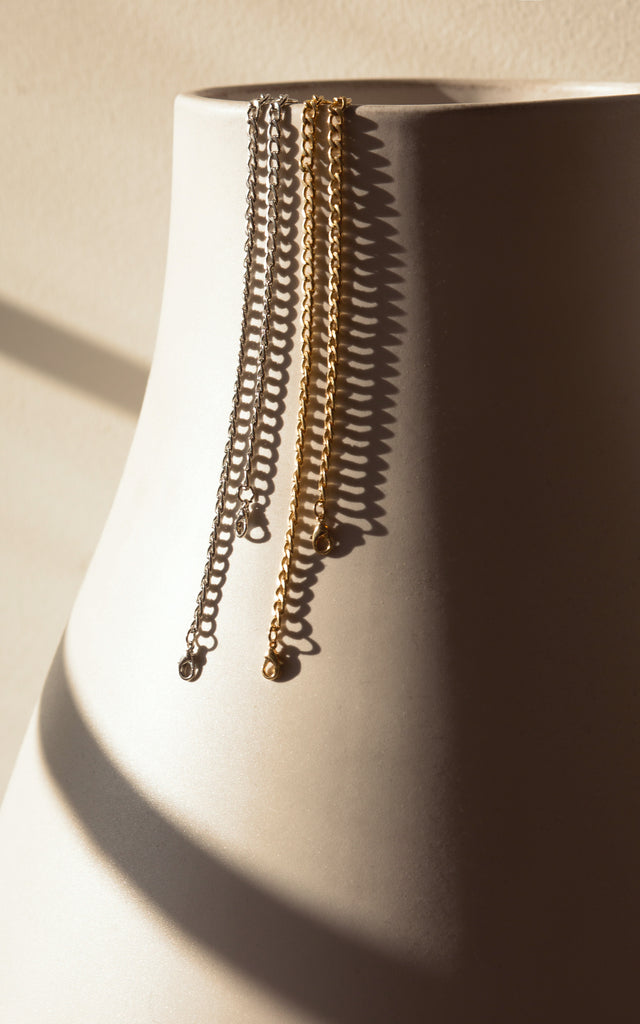 Face Mask Holder - Curb Chain GOLD