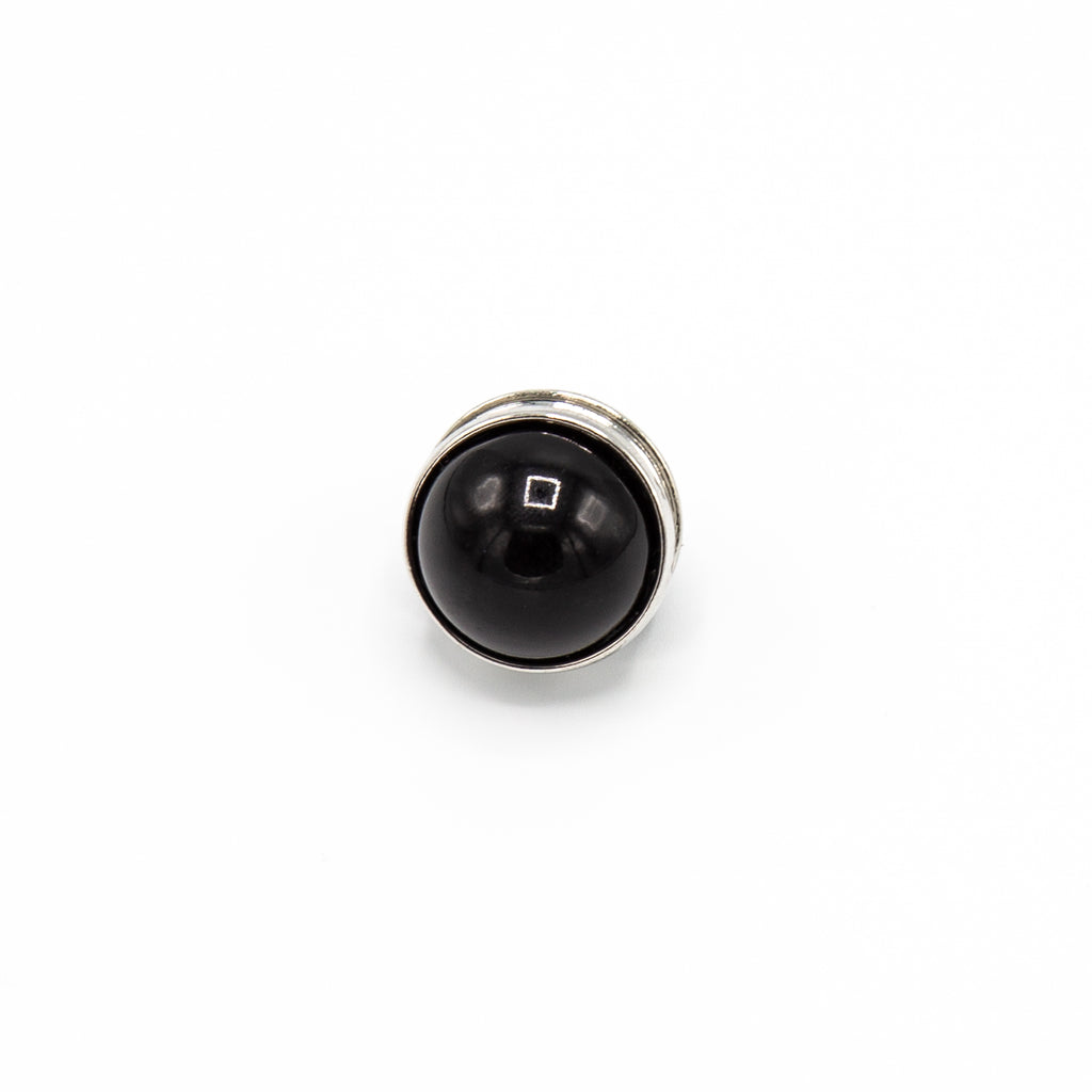 Pearlescent Magnet Pin in Black