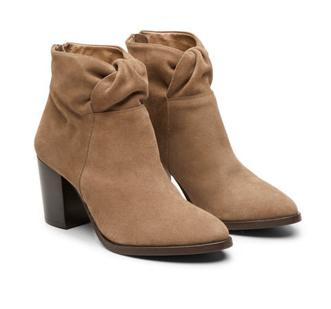 Janie mid heel leather ankle boot