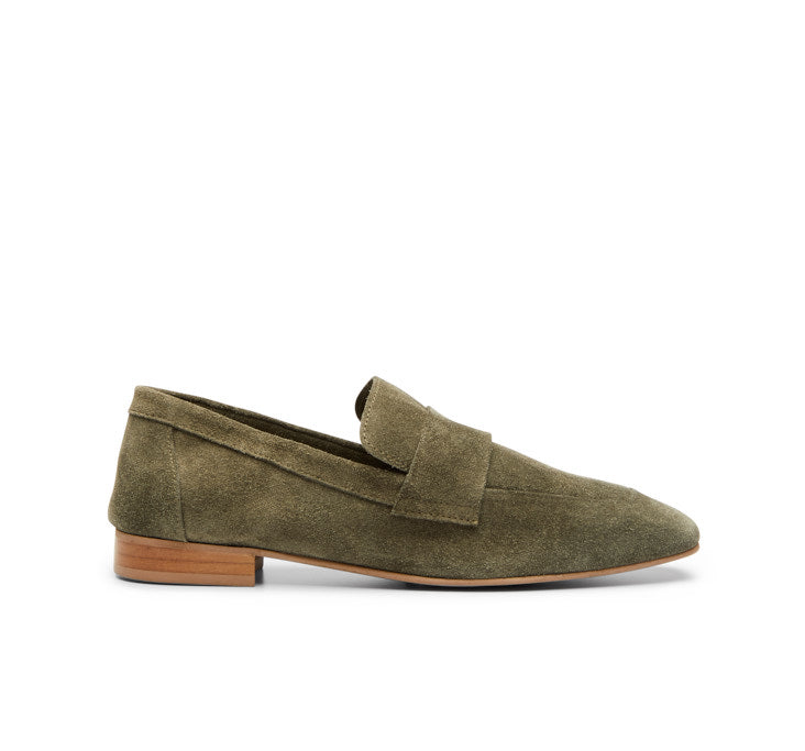 Kelly Suede loafer