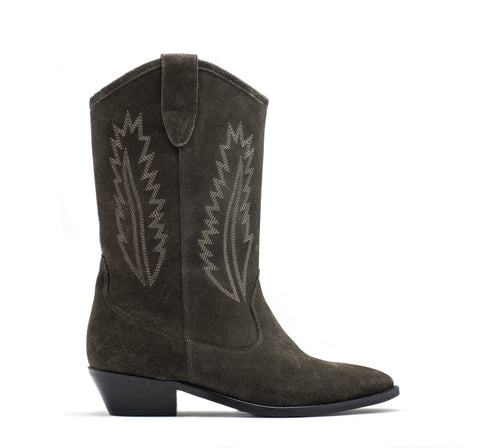 June pull-on leather boot