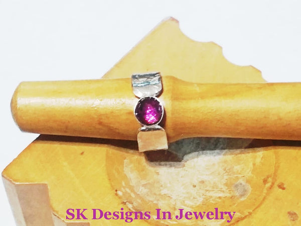 Amethyst And .925 Sterling Silver Ring - Size 6