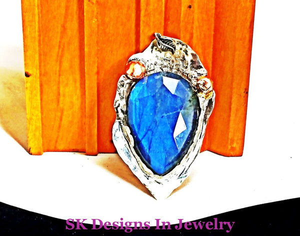 Rare Blue Flash Labradorite Stone & .925 Sterling Silver Leaf Pendant - Mens Or Womens