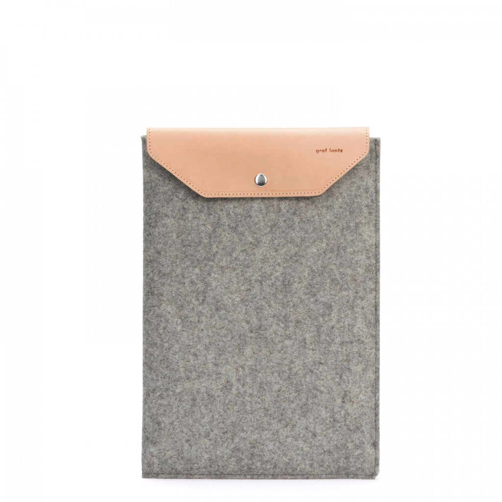 Simple and durable macbook tech sleeve 13