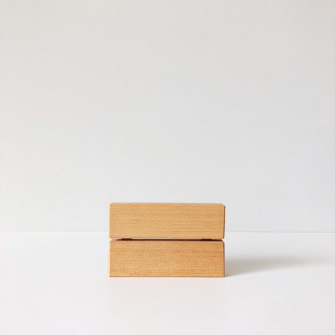 A soap dish that remedies the slimy soap and residue, this Japanese-designed dish is made with Red Pine wood that is beveled and breathable, making it naturally antibacterial.