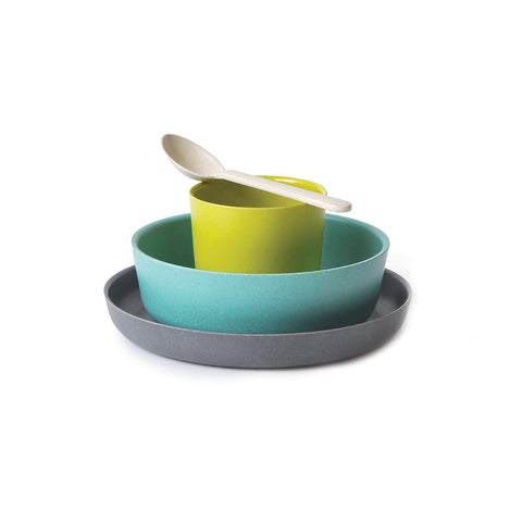 Fun and modern kids tableware/dishware set by EKOBO made of bamboo fibre