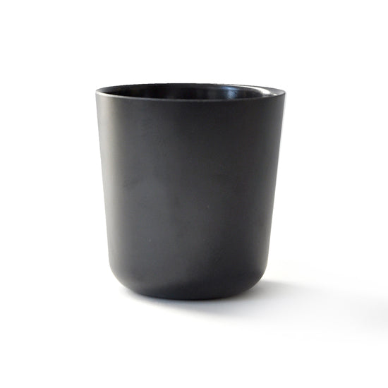 Perfect for everyday use, the Gusto Cup from Ekobo is simply chic. Made from Bamboo Fiber, these keep a low carbon footprint, while still creating a beautiful setting for every table.