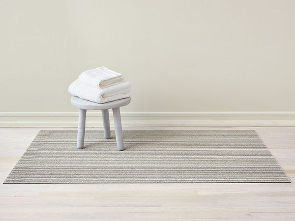Shag Indoor/Outdoor Floor Mat, Skinny Stripe