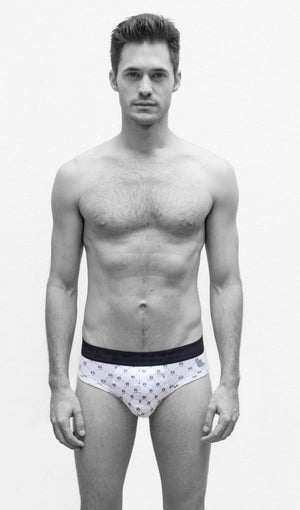 MR.U ROCKER BRIEF BLANCO CALAVERITAS - MRU.MX