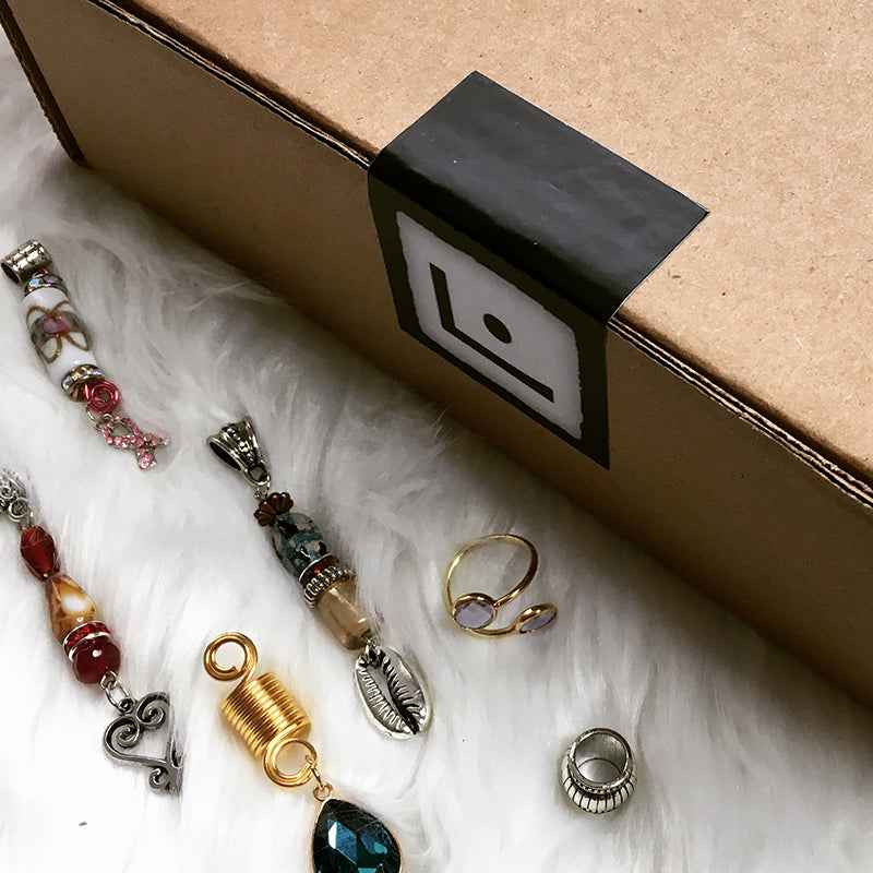 Loccessories is a hair jewelry subscription.