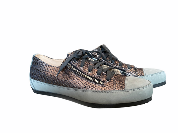 L'Ecologica Snake and Grey Trainer