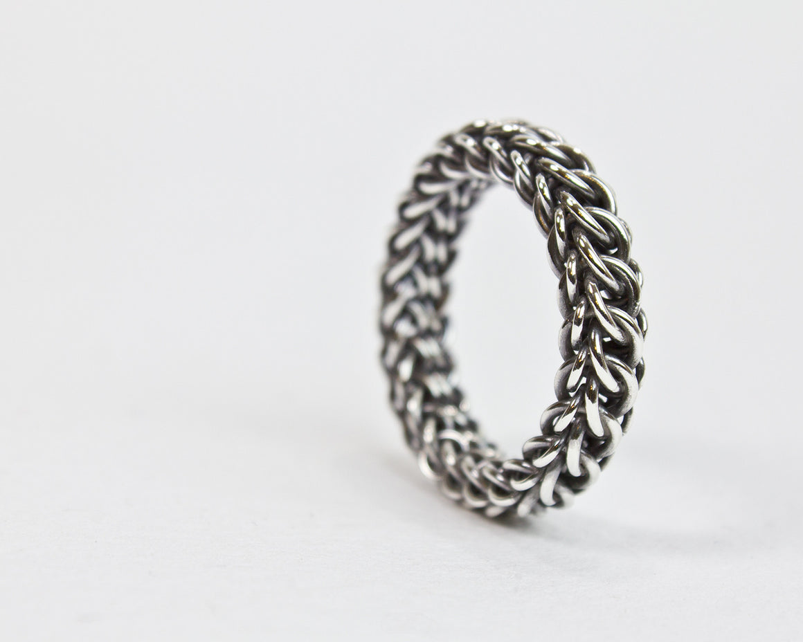 Fused Persianique Chainmaille Band Ring