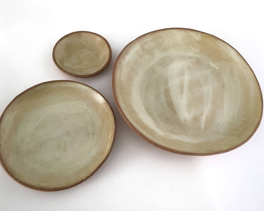 Ceramic Plate Set in Creamy Beige Matte - Upper Earth