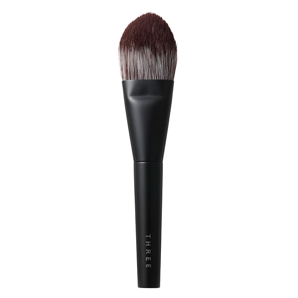 THREE Pristine Complexion Powder Foundation Brush