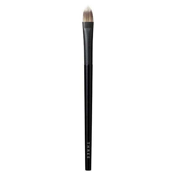 THREE Concealer Brush M
