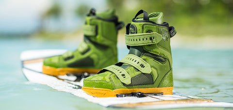 closed toe wakeboard boots