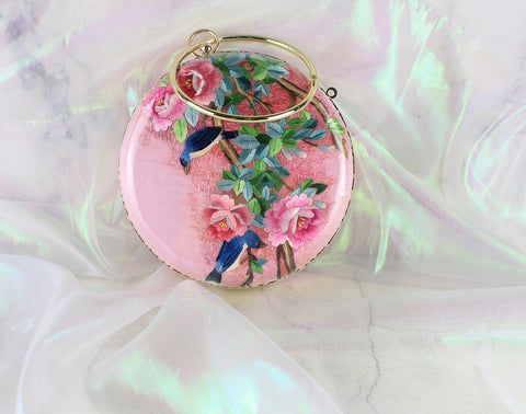 3D Lifelike Handmade Gorgeous Rose Red Flower Shrub and Birds Su Embroidery Chinese Handiwork Case Handbag with PVC Layer Dust-free For Key Purse Card Wallet