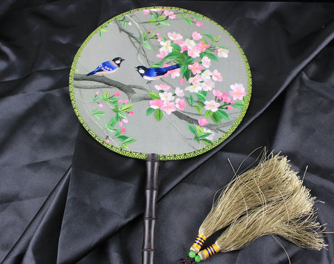 Handmade 3D Lifelike Lucky Birds In the Flower Tree Embroidery Stitchwork Chinese Decorative Silk Hand Fan Gifts Decor
