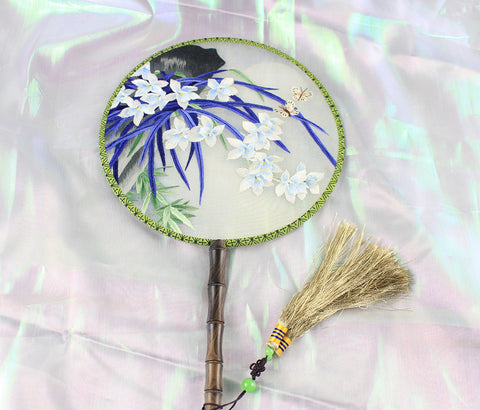 3D Lifelike Cliff Moonlight Plants Embroidery Stitchwork Chinese Decorative Silk Hand Fan Gifts Collectible Handiwork Art