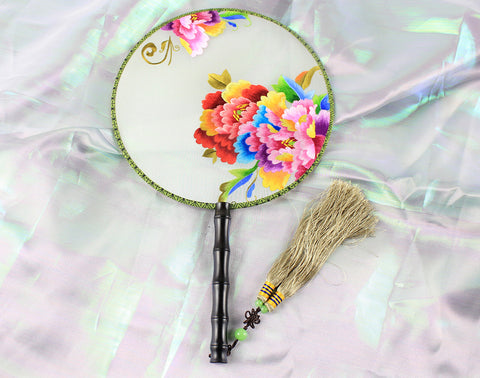 3D Lifelike Very Gorgeous Colorful Flower Embroidery Stitchwork Chinese Decorative Silk Hand Fan Gifts Collectible Handiwork Art