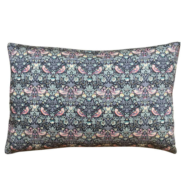 Liberty Pude Strawberry Thief Grey & Dark Blue 50x30 - Grønlykke.com