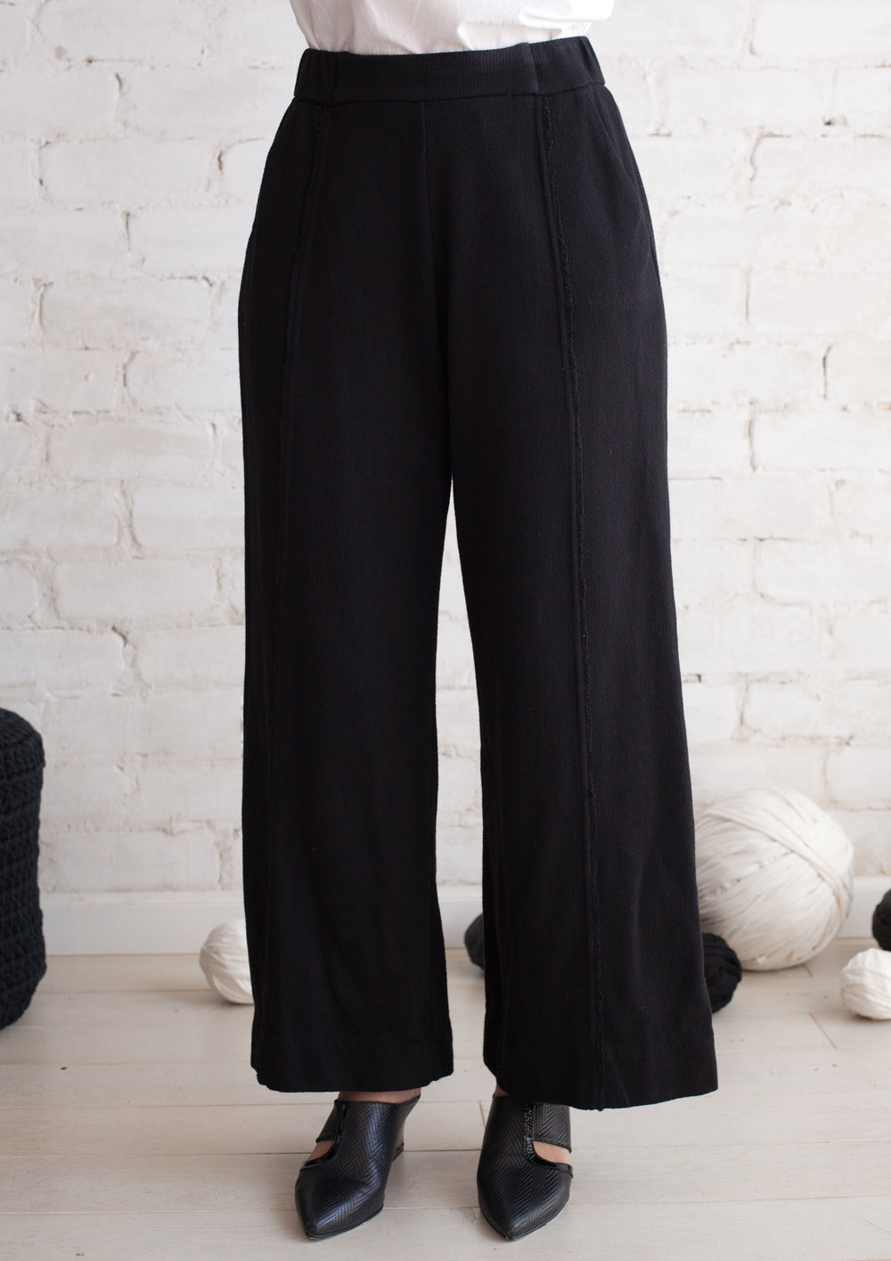 Wide french terry pants in black