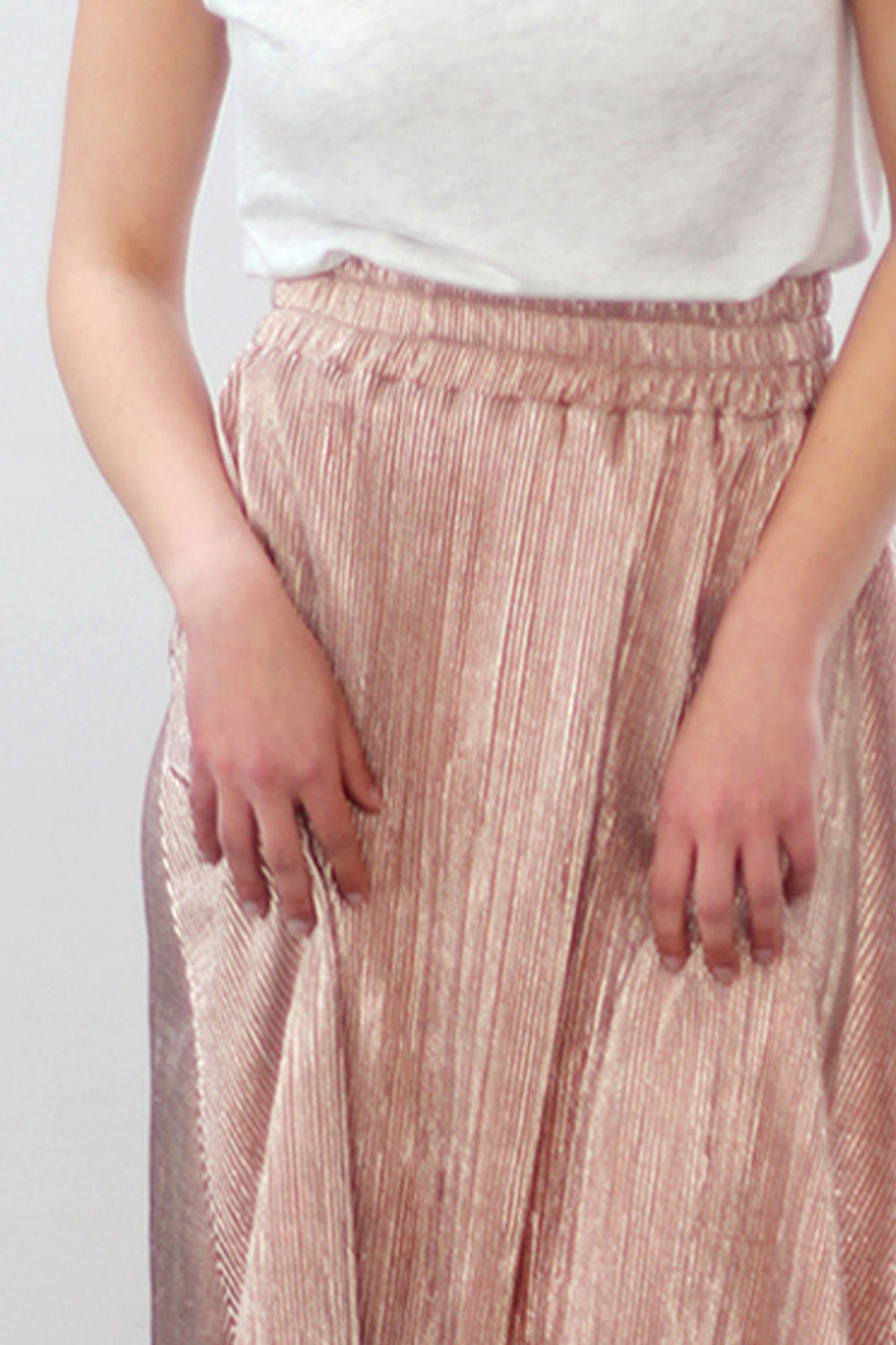 Elastic waistband skirt in sparkly grey jersey