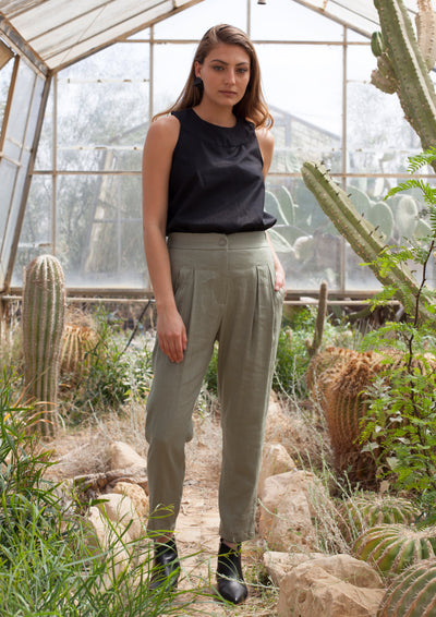 Relaxed Pleated Safari Trousers