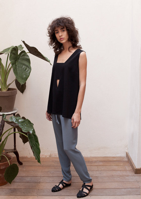 V-neck cut-out top in black