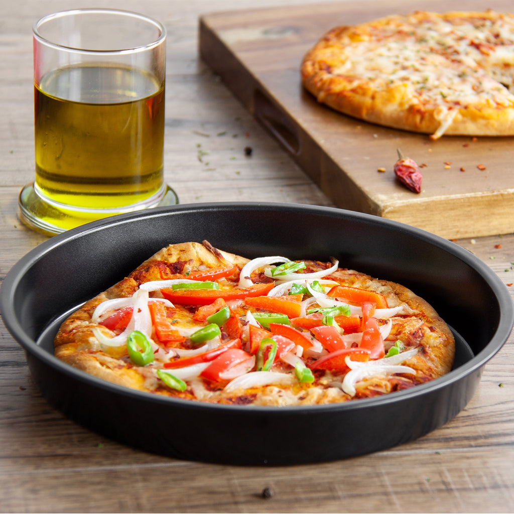 Non-stick Pizza Pan Round Carbon Steel Baking Tray 21.5cm