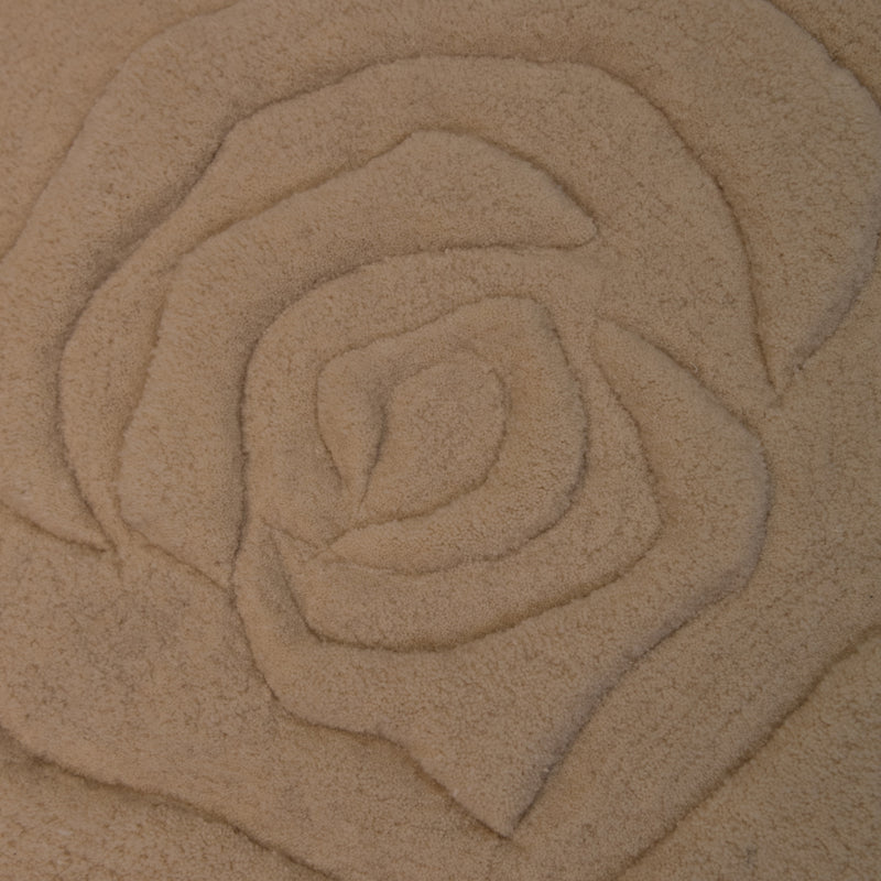 White Rose Cream Wool Rug - 120 x 120cm, Pile Height 20-25mm