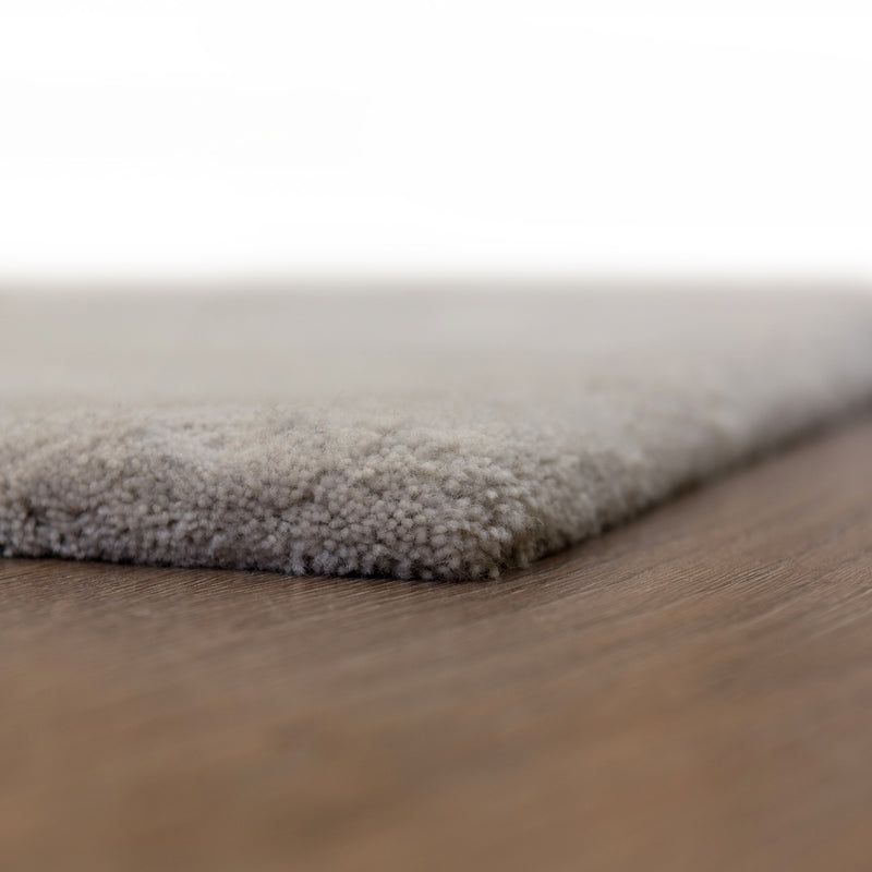 Cloudy Grey Wool Rug - 145 x 185cm, Pile Height 20-25mm