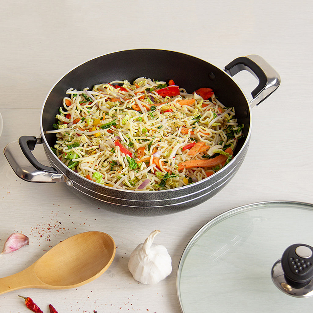 Una Non-stick Wok with Two Handles & Lid, Induction Base - 32 cm
